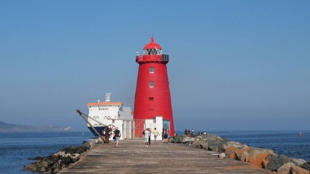 poolbeg_lighthouse_walk_dublin